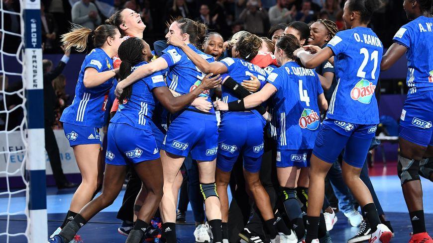 Les handballeuses françaises championnes d'Europe pour la première fois de leur histoire.