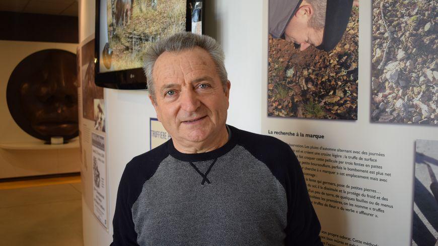 Pierre Lapouméroulie (commissaire des contrôles sur le marché aux truffes de Sorges )