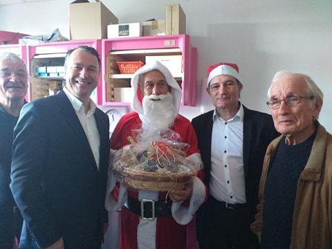 f75f21e90aaa6 Le maire de Montélimar Franck Reynier est venu remercier le Kiwanis Club