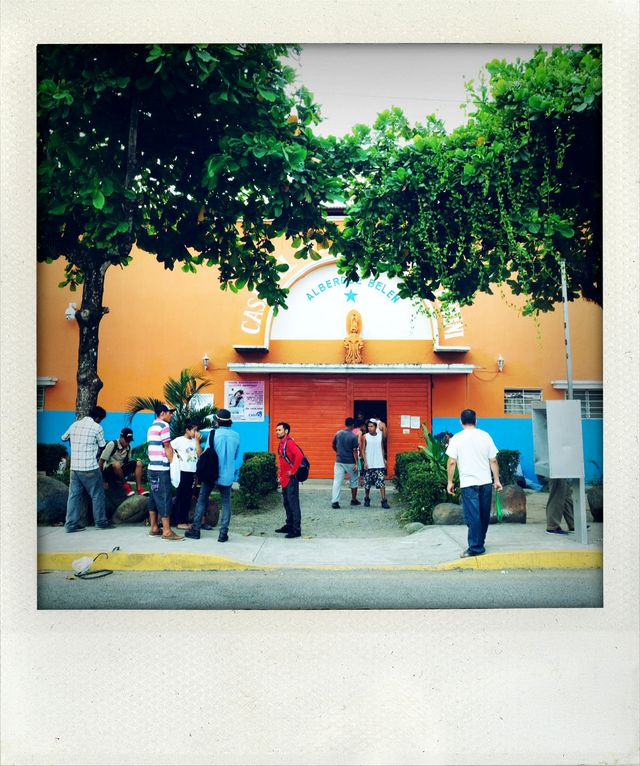 Un centre de migrants à l'entrée de la ville de Tapachula. Un passage de quelques jours seulement pour eux avant de repartir vers Mexico