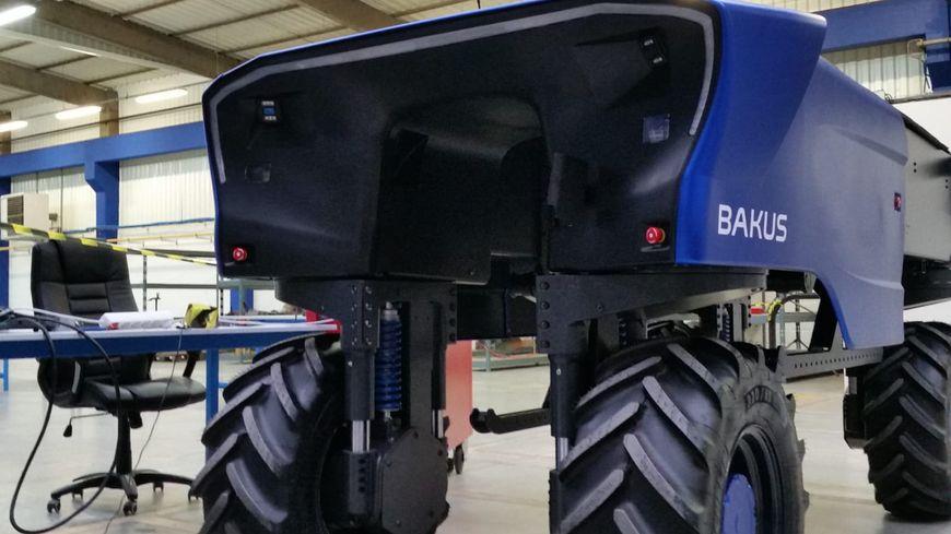 """Le robot viticole """"Bakus"""" doit être commercialisé dès le début de l'année 2019."""