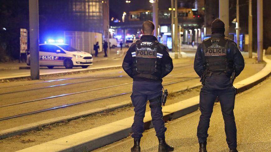Policiers à Strasbourg, le 13 décembre 2018, rue du Lazaret