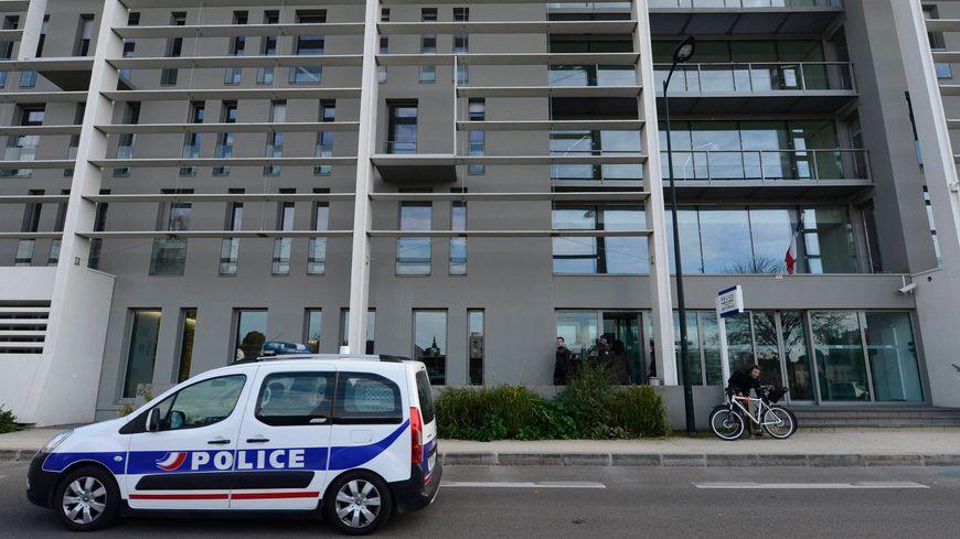 Le commissariat Waldeck Rousseau, à Nantes