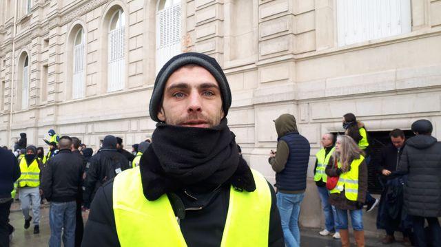 Christopher, 30 ans, venu de l'Orne