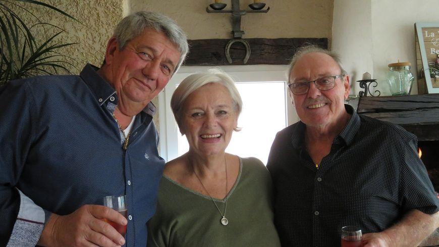 Michel Labbé, sa sœur Daria et son frère Jean-Pierre.