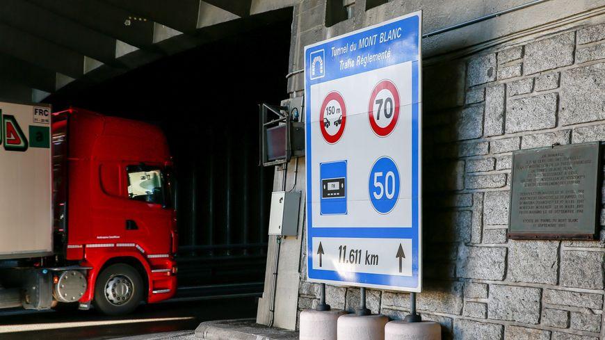 Les poids lourds de plus de 12 ans n'auront plus accès au tunnel du mont blanc à partir du 1er janvier