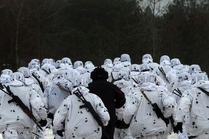 Exercice militaire ukrainien près de Tchernihiv, à proximité de la frontière russe (03 décembre 2018)