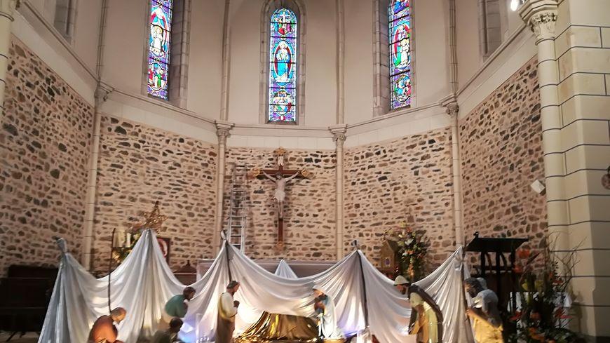 La crèche de Noël de la paroisse Saint-Melaine en Val de Jouanne, à Louverné