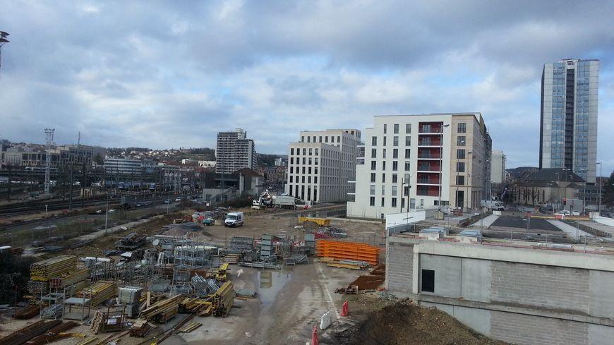 La ville de Nancy a perdu près d'un millier d'habitants depuis 2006. Le nouveau quartier en chantier près de la gare attirera-t-il de nouveaux résidents ?