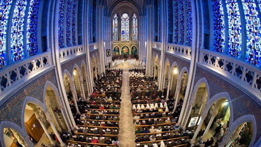 La basilique de Pontmain en Mayenne