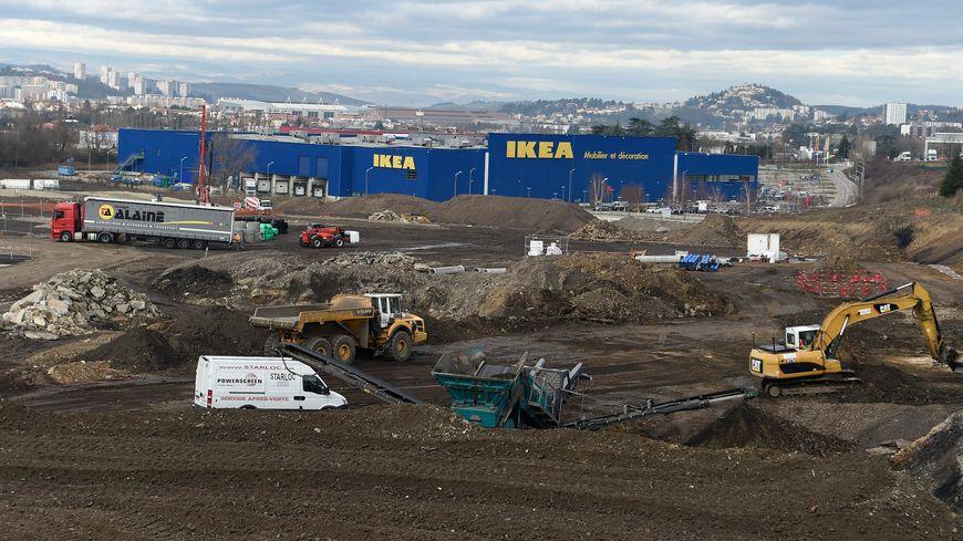 Les travaux du pole commercial Steel à Saint-Étienne.