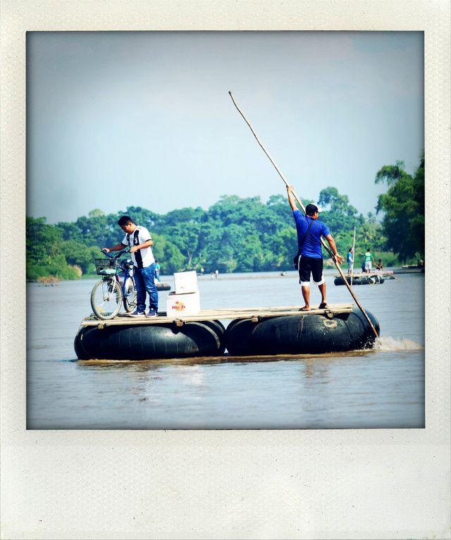 Les passeurs sont Guatémaltèques, ils transportent les passeurs mais aussi les habitants qui vont et viennent du Guatemala au Mexique et inversement.