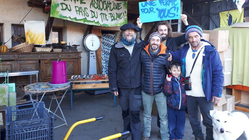 """Grâce à la mobilisation citoyenne, les maraîchers de la ferme de Lépigny ont bon espoir de pouvoir donner vie à leur projet d'une """"ferme associative"""" au Pays du Mont-Blanc"""