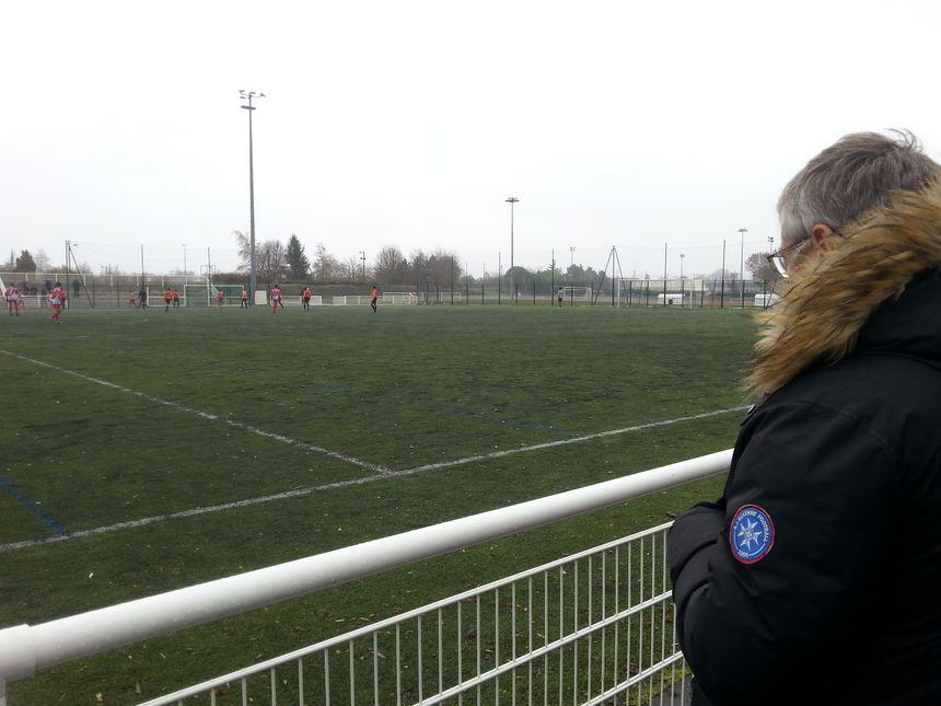 Vincent Cabin peut superviser jusqu'à 10 matches par week-end! Ici, Brétigny-Torcy, en 15 ans