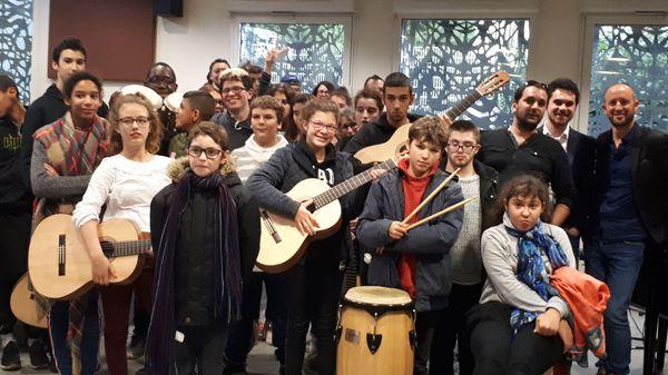 Premier Orchestre à l'école dans un institut médico-éducatif