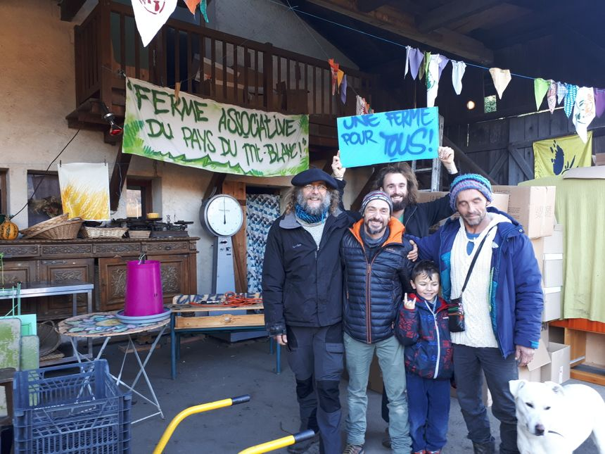 Le projet est né il y a un  an, porté notamment par les deux jardiniers, Jérôme et Pascal (à droite et gauche sur la photo)