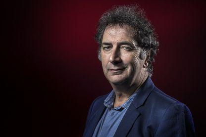 Portrait de l'humoriste, acteur et chroniqueur radio François Morel à Paris le le 4 janvier 2017.