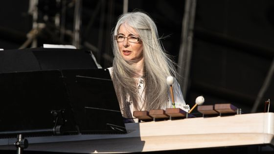 Evelyn Glennie, percussionniste sourde.
