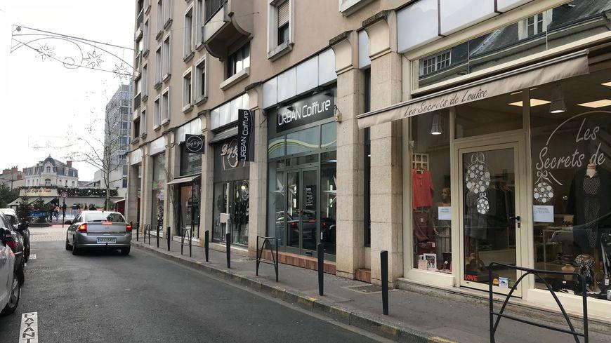 Certains commerçants de Châteauroux ont perdu 30% de leur chiffre d'affaires en ce mois de décembre.