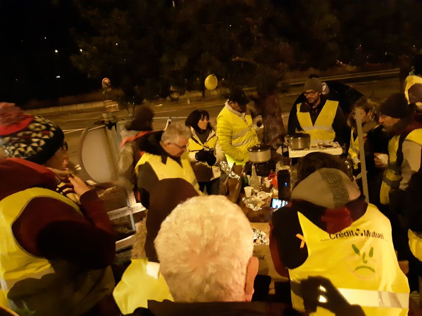 """""""' On continue la lutte"""" disent les gilets jaunes de Maurienne"""