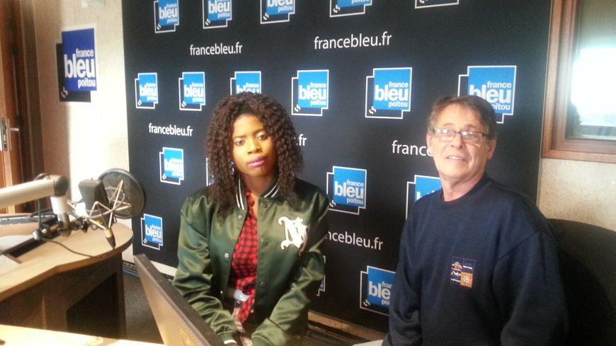Mercy Okotie, aux côtés de Jean-Michel, membre de l'association Les Madeleines de Poitiers