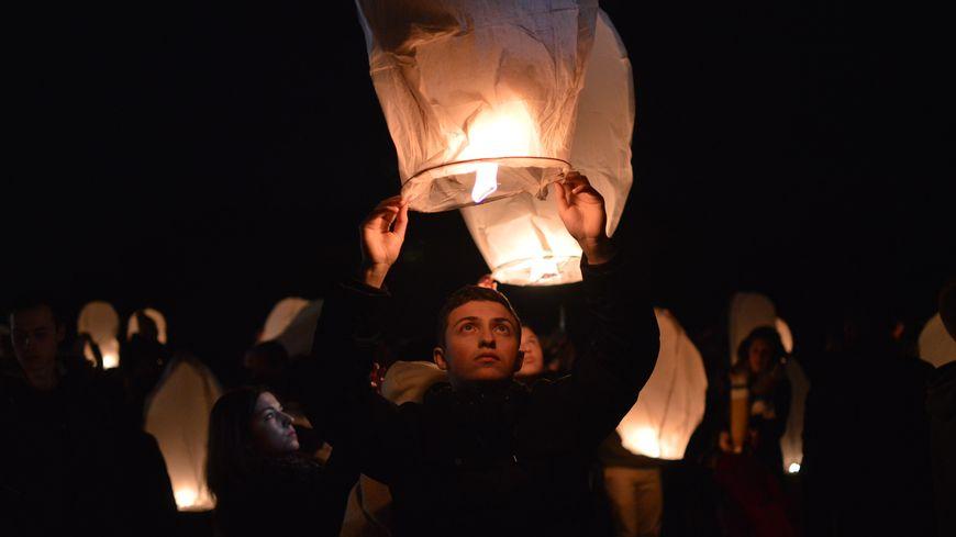 Un millier de personnes ont rendu hommage à Paulette Guyon, et de Marie-Thérèse et Bernard Philibert, tués il y a deux ans.