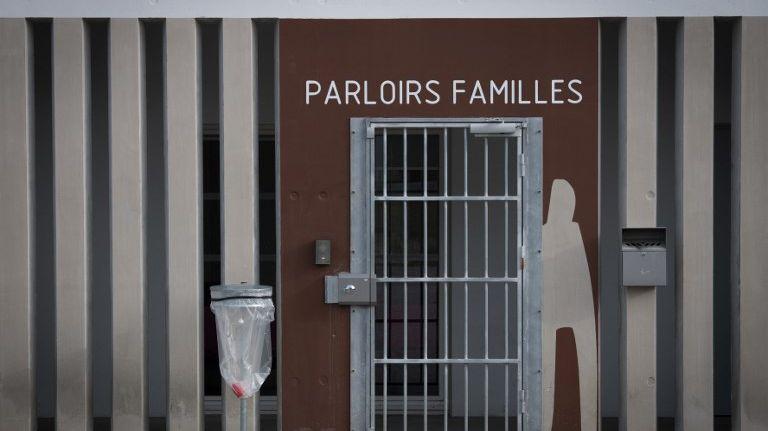 Accès au parloir de la prison d'Aix-Luynes II, le 18 octobre 2018