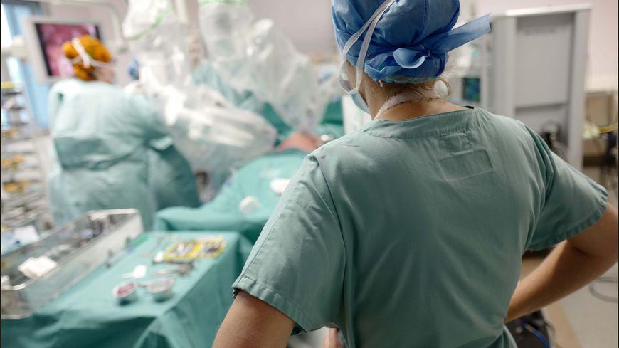Un bloc opératoire. Image d'illustration
