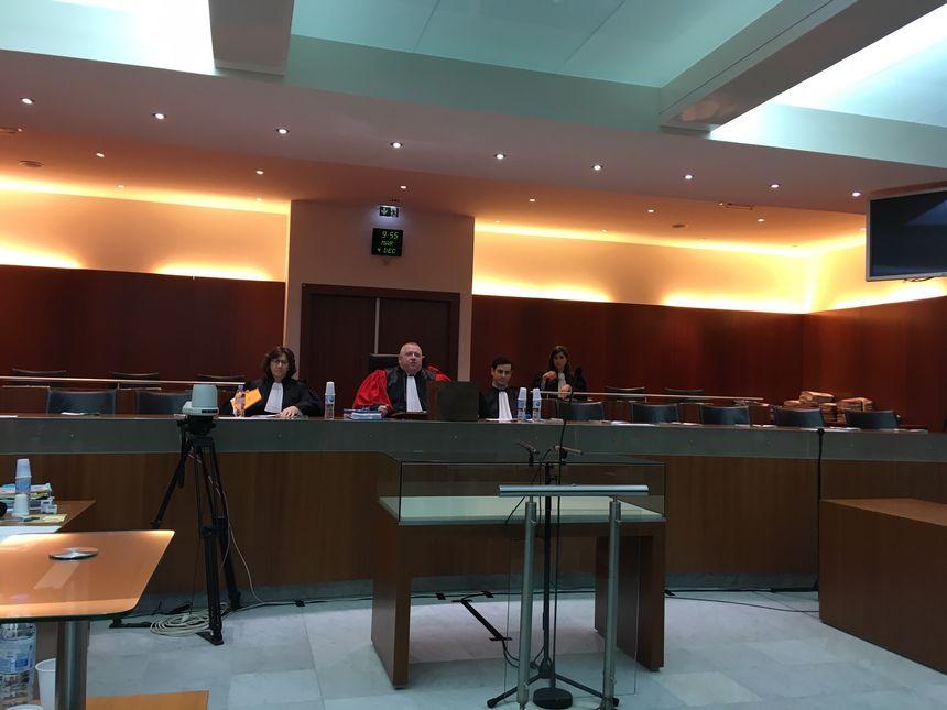 Le président de la cour d'assises des Yvelines et ses assesseurs
