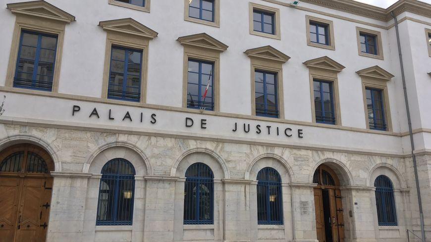 Le Palais de Justice de Valence (Drôme)