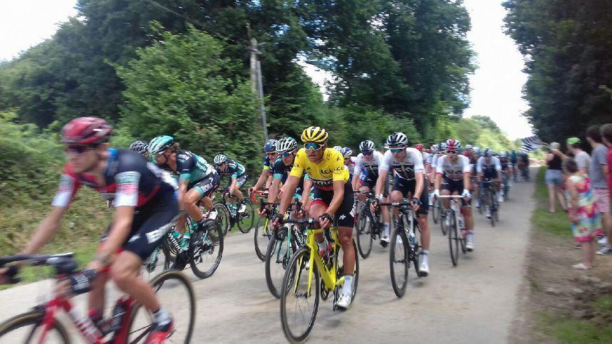 Le maillot jaune à Saint-Goazec !