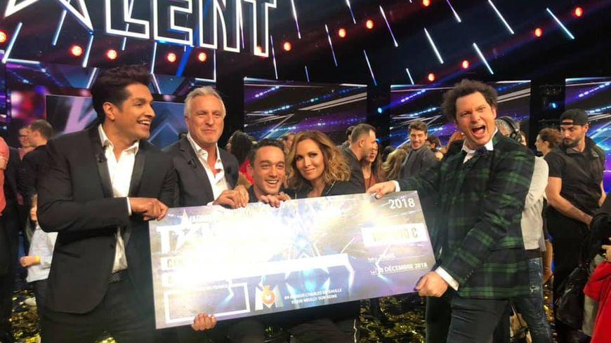 Le Costarmoricain Jean-Baptiste Guegan remporte la finale de l'émission télé La France a un incroyable talent sur M6.
