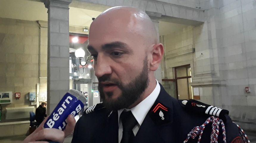 Le commandant du 18, Julien Nozères