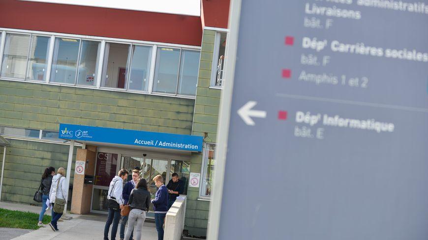 L'université de Bourgogne Franche-Comté comprend sept établissements et 56 000 étudiants