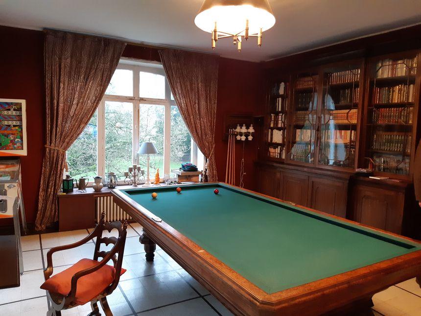 L'ancienne maison de John Whitley présente de petits trésors. Un vrai coup de cœur pour le couple qui vient de l'acheter pour s'y installer.
