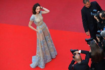 Olga Kurylenko, mannequin et actrice française, lors du 70ème festival de Cannes (21 mai 2017, Cannes, France)