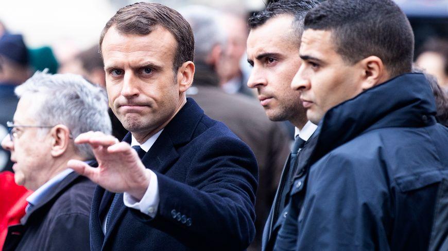 Le Puy En Velay Visite Surprise DEmmanuel Macron La Prfecture
