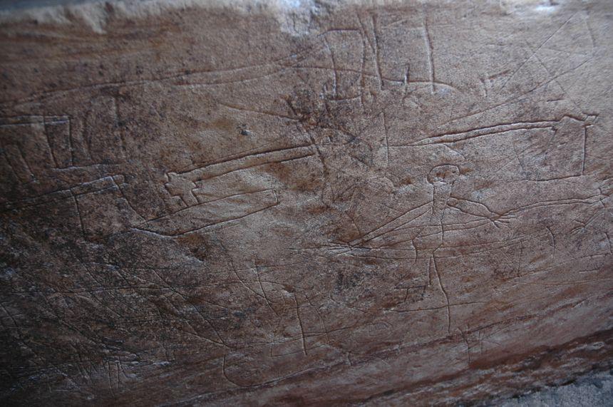 Graffitis à l'intérieur du sarcophage