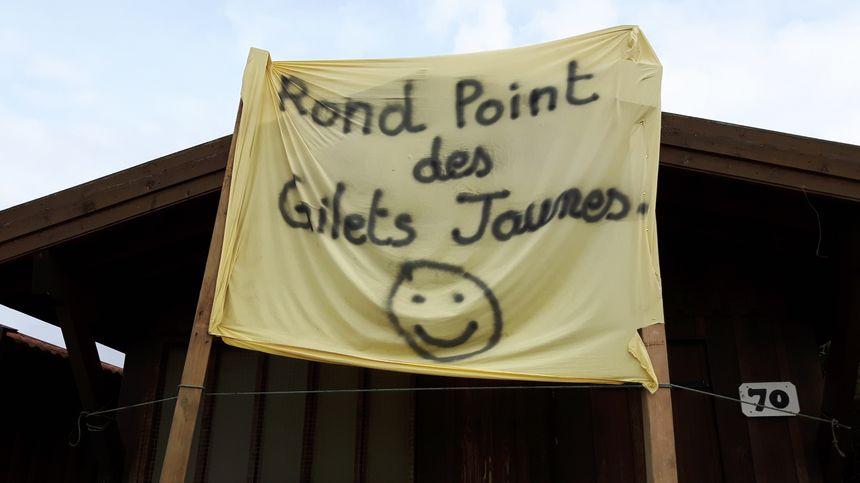 Le rond-point des gilets jaunes de Gujan-Mestras