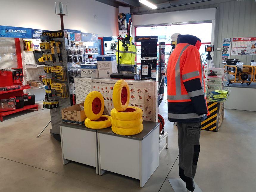 Un magasin fonctionnel, destiné aux professionnels du bâtiements