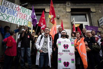 Des employés de l'hôpital Saint Anne mobilisés en septembre 2018 pour dénoncer leurs mauvaises conditions de travail