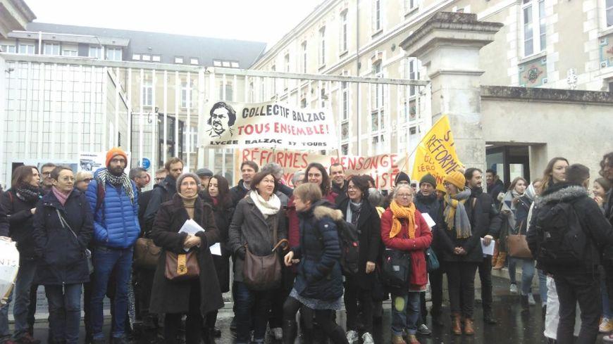 Le mouvement est très suivi avec 75% de grévistes selon les enseignants