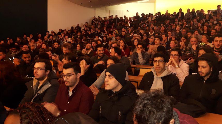 Etudiants et enseignants de la fac de sciences veulent se mobiliser