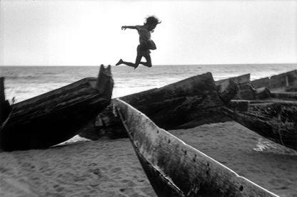 """""""Plage, village de Puri, Inde, 1980"""""""
