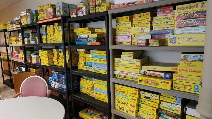 Voici une partie des boîtes de jeux à vendre ce dimanche 20 janvier à Tours