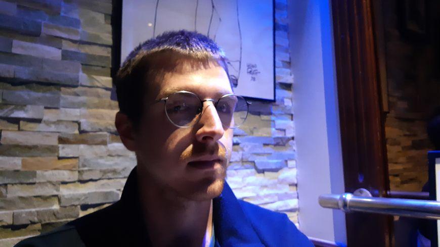Jean-François Martin a aujourd'hui une prothèse à l'oeil gauche