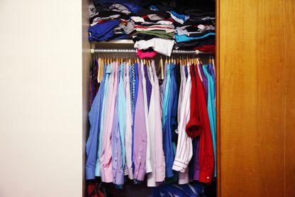 70% de nos vêtements restent ne sont pas portés.