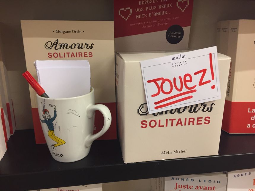 Dans cette boite, chacun peut déposer des petits mots d'amour jusqu'au 8 février