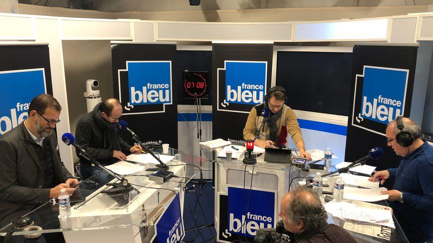 La matinale de France Bleu Isère a repris mardi à 6 heures depuis les locaux de France 3 Alpes à Grenoble