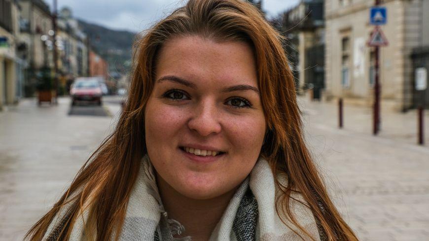 Céline ROY, ex porte-parole des Gilets Jaunes à Vesoul vient de rejoindre la France Insoumise.
